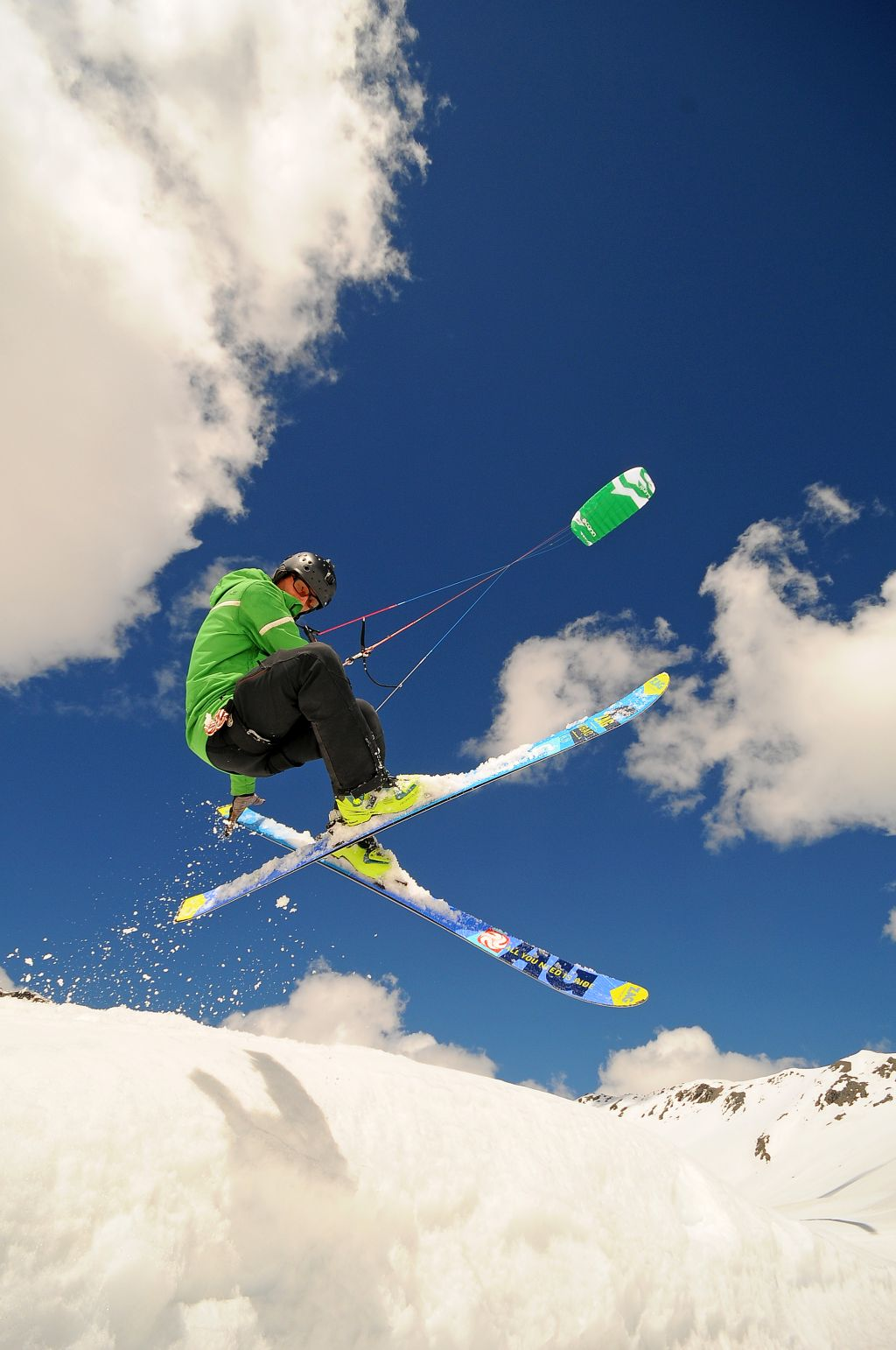 <strong>Snowkiting</strong>